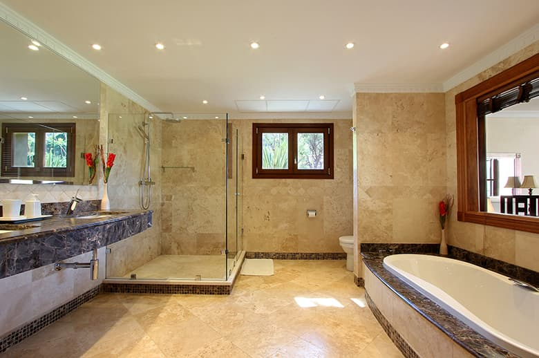 Bright, modern, luxurious bathrooms