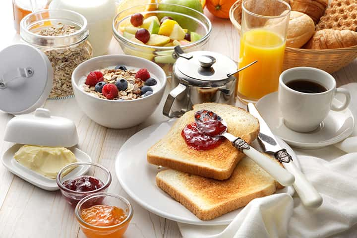 FREE daily fresh breakfast